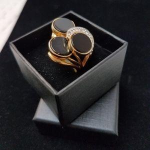 Jewelry - Black and rhinestones ring